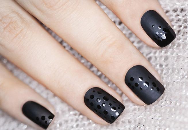 Красивые ногти черного цвета