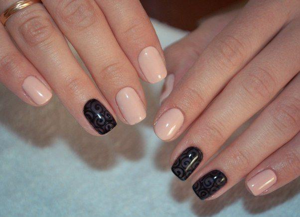 бежевый с черным дизайн ногтей фото