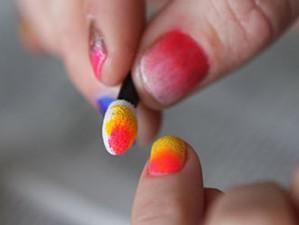 Дизайн ногтей с градиентом