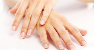 Причины и методы лечения желтых ногтей на руках у женщин