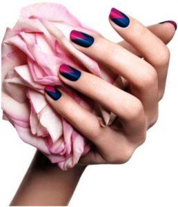 Красный френч на ногтях - со стразами, с рисунком, идеи дизайна, модные новинки