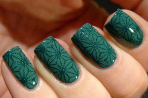 фото дизайна зеленых ногтей