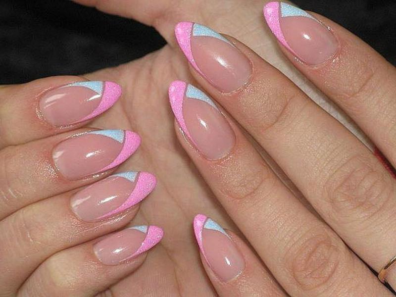 Круглая форма ногтей дизайна
