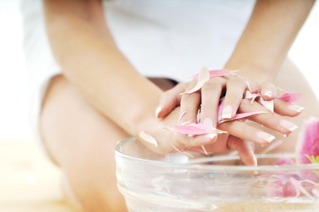 для роста ногтей в домашних условиях
