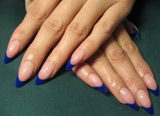 Красивые дизайны на миндальную форму ногтей